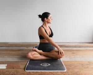 Yogaklasser asker